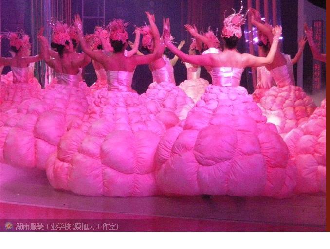 长沙服装设计学校--湖南卫视春晚服装设计2